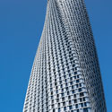 CTBUH Dubai Leads Tour of Cayan Tower